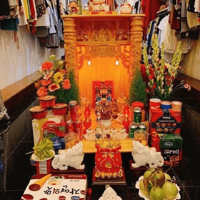 Bàn thờ ông Địa nên đặt hướng Thiên Lộc