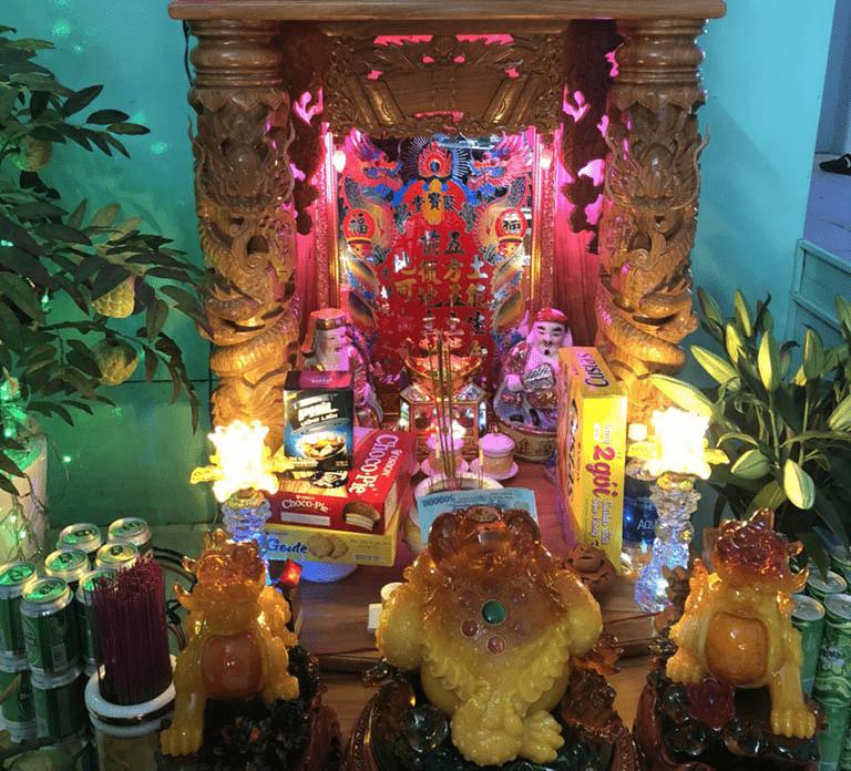 Bài trí bàn thờ Thần Tài đẹp