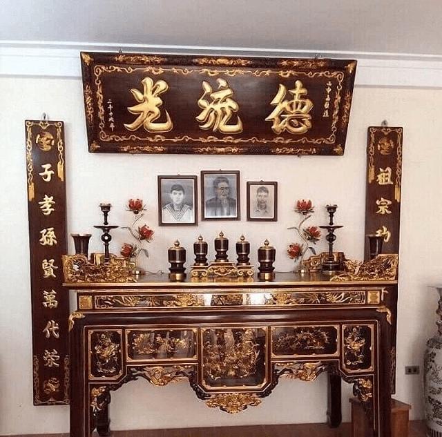 Cách sắp xếp ảnh trên bàn thờ gia tiên đúng cách