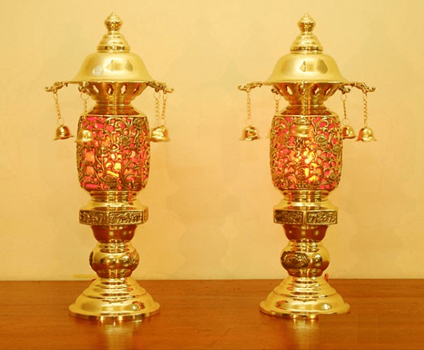 Mẫu đèn đẹp dùng cho việc thờ cúng