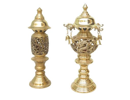 Mẫu đèn thờ bằng chất liệu đồng phổ biến