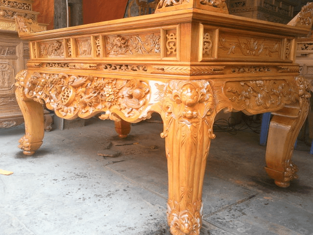 Sản phẩm thường được làm bằng gỗ quý