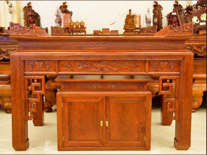 Tủ thờ gỗ Mít có giá thành phù hợp
