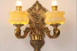 đèn thờ treo tường