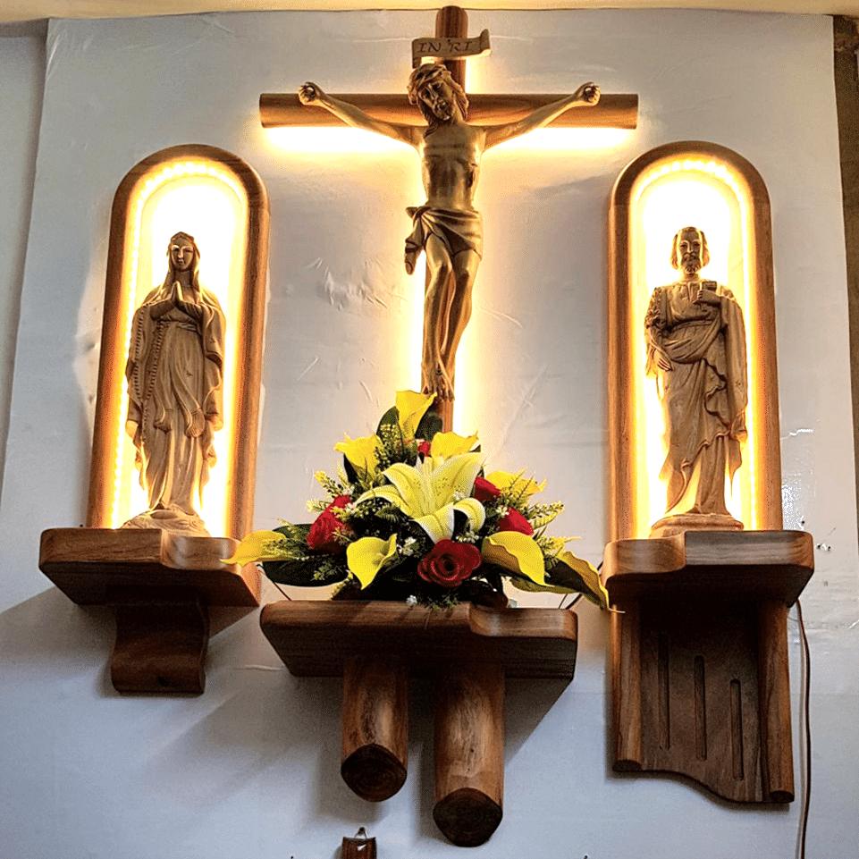 Mẫu bàn thờ công giáo đơn giản