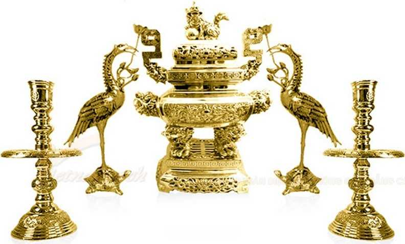 Cách đặt lư hương trên bàn thờ chuẩn là điều vô cùng quan trọng