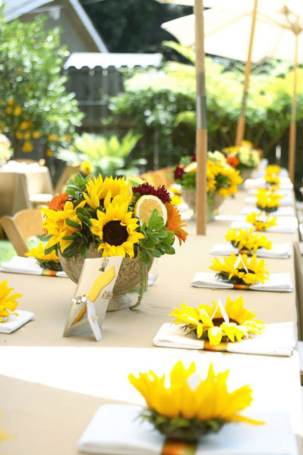 Hoa hướng dương trang trí ngày cưới