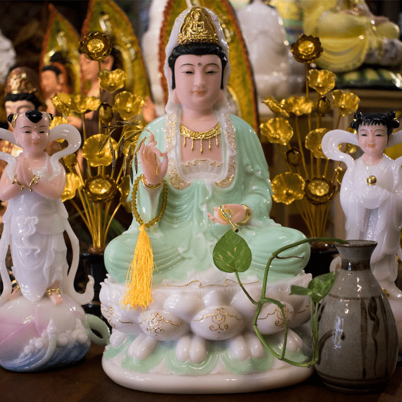 Tìm mua tượng Phật Quan Âm tại địa chỉ uy tín
