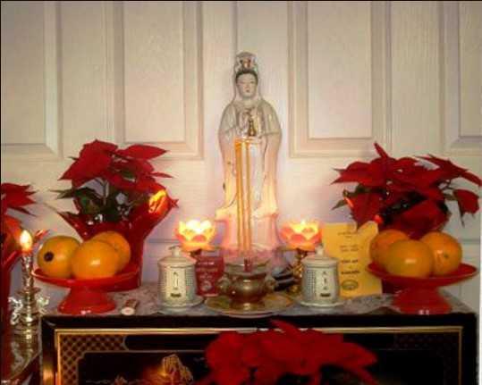 Chọn kích thước bàn thờ Phật bà Quan Âm là việc quan trọng